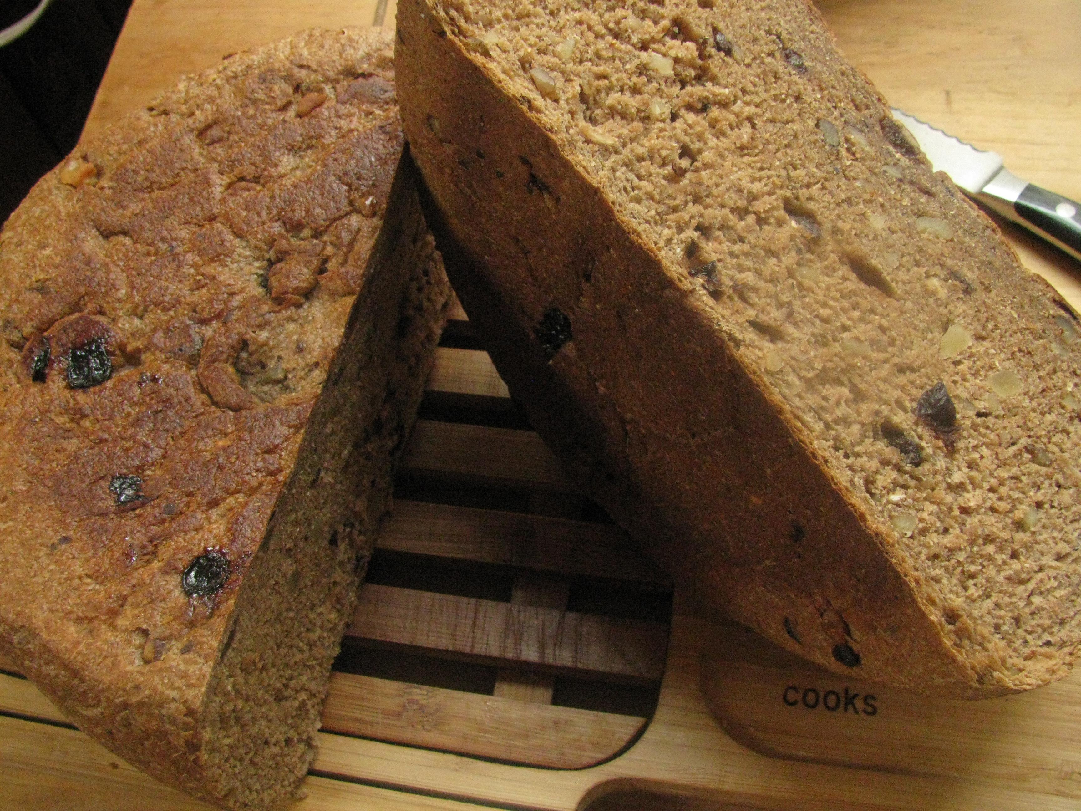 Slow Cooker Leftover Granola Bread | Apron Stringz