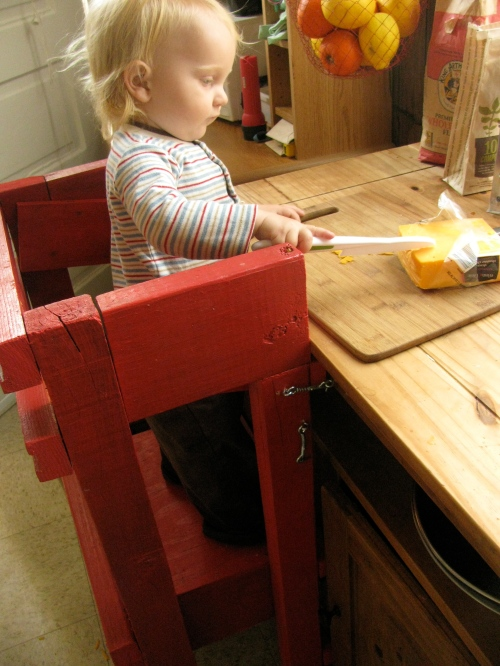 how to help a toddler with earache